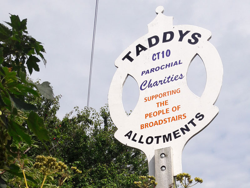 Image of Taddy's sign, Reading Street