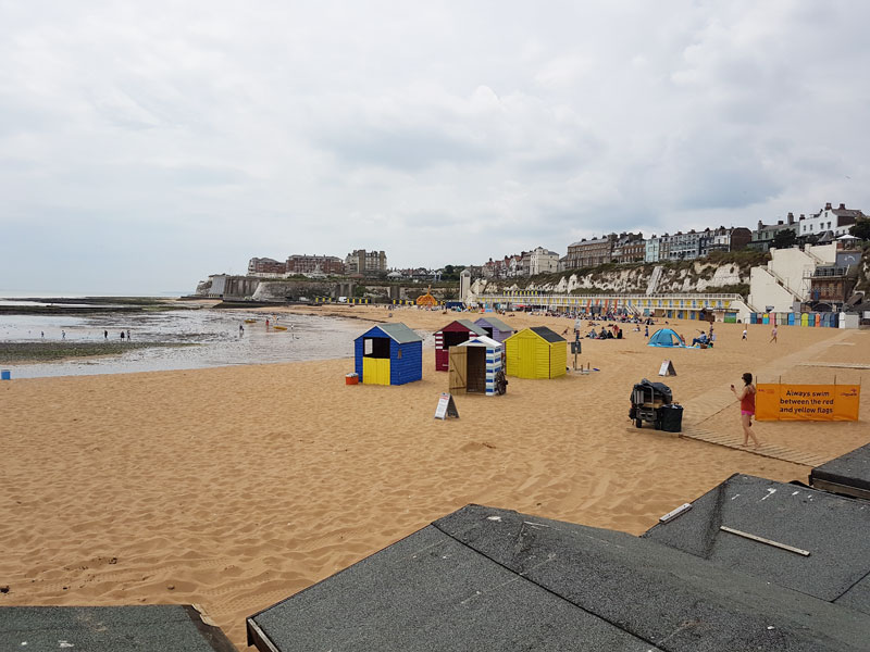 Image of Viking Bay, Broadstairs looking south